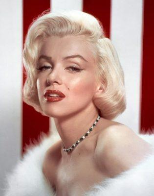 Marilyn Monroe o femeie pleaca prima