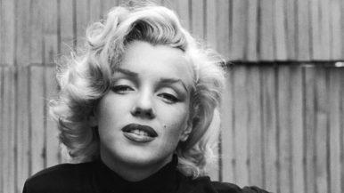 Marilyn Monroe Cred că totul se întâmplă cu motiv.
